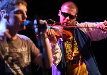 Ashley MacIsaac confirmed to Headline the 2019 Far Out Festival